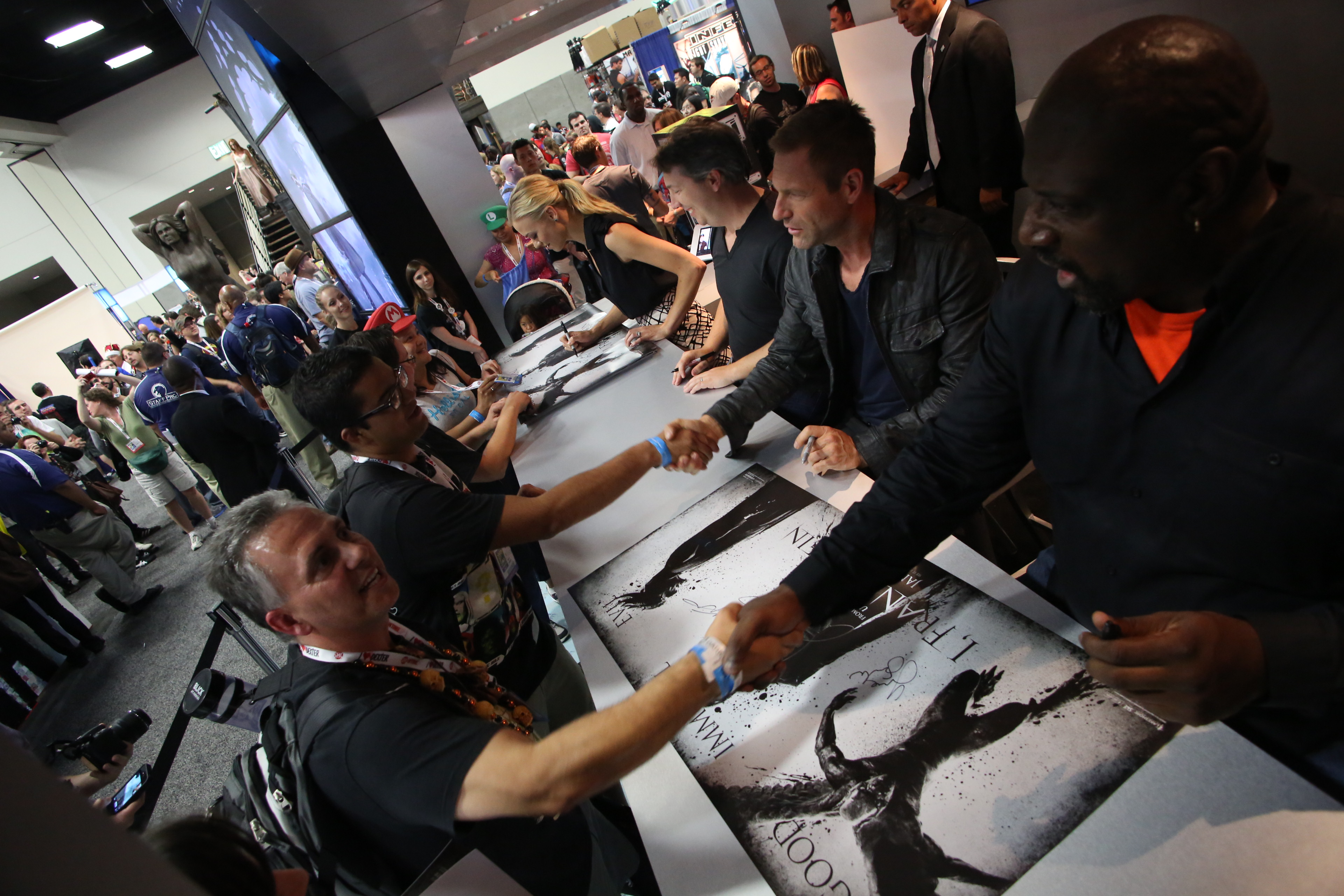 Yvonne Strahovski, Stuart Beattie, Aaron Eckhart and Kevin Grevioux at Lionsgate I, Frankenstein San Diego Comic-Con 2013 Fan Signing