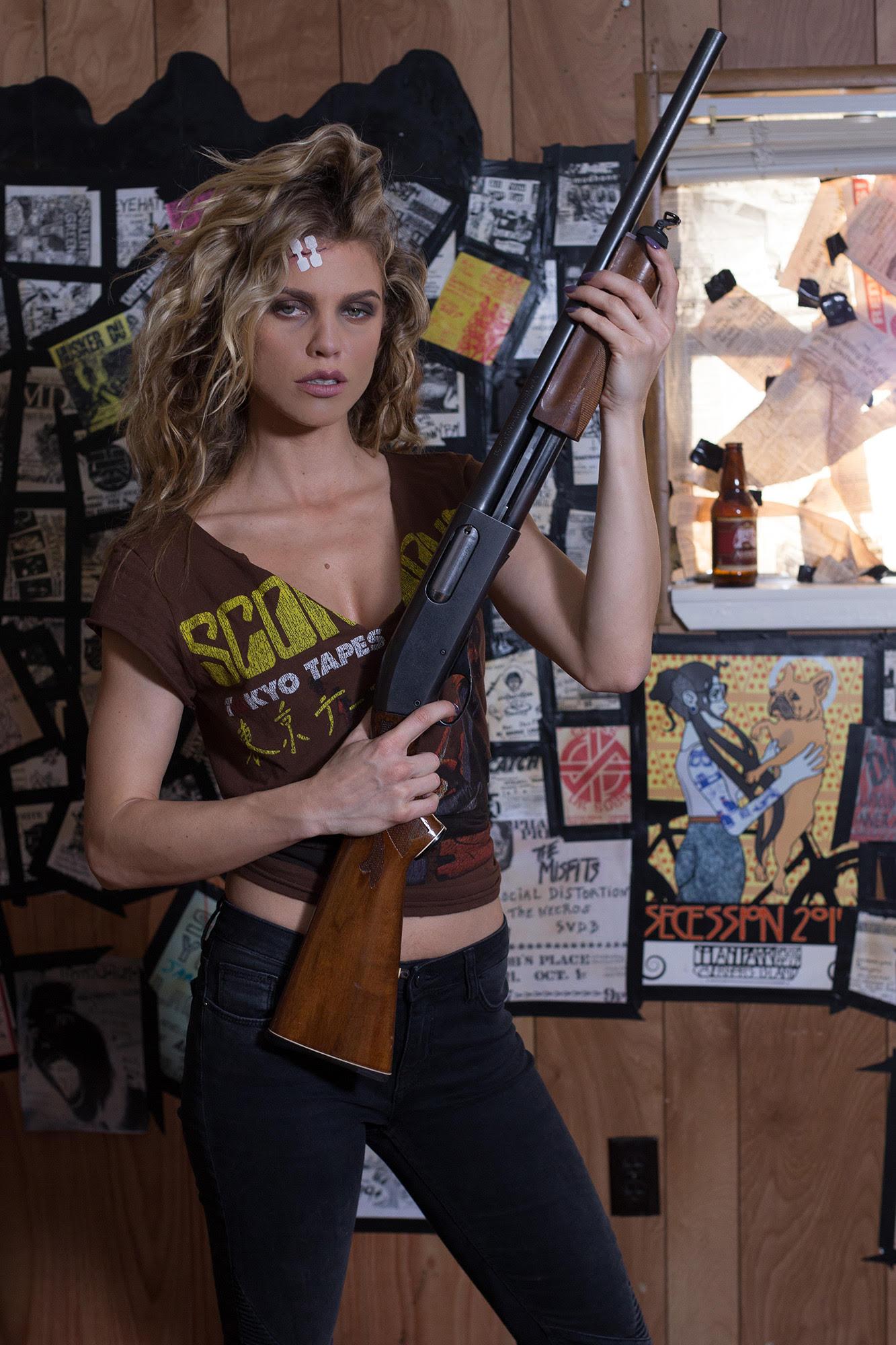 AnnaLynne McCord in 68 Kill