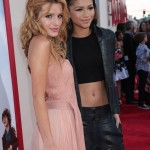 Blended Premiere 16 Resize 150x150 Pictures from Blended Red Carpet Released