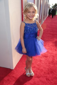 Blended Premiere 5 Resize 200x300 Alyvia Alyn Lind