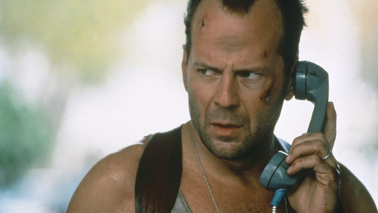 Die Hard With A Vengeance Bruce Willis Die Hardest: A Retrospective   Die Hard With A Vengeance (1995)