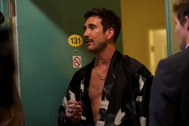 Dylan McDermott Stars In Behaving Badly Teen Queens Behaving Badly In Comedys New Trailer and Set Stills