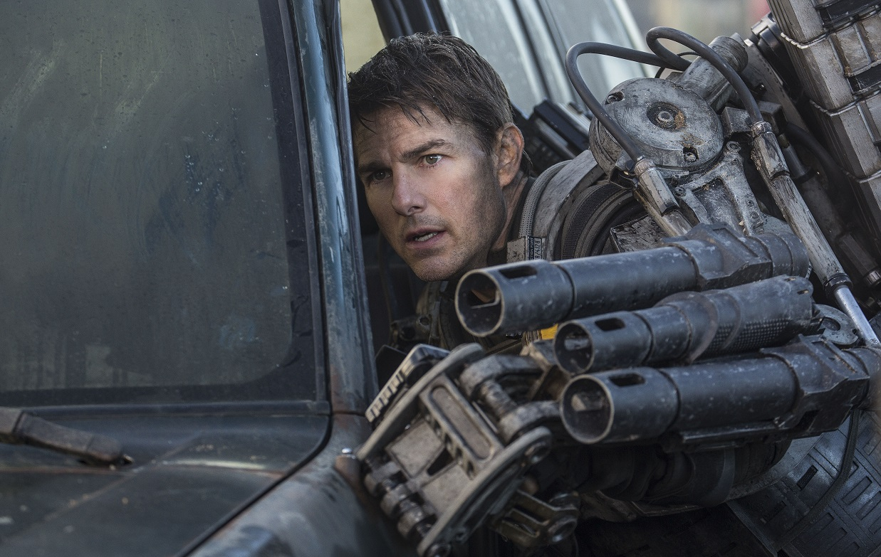 Edge of Tomorrow 6 Emily Blunt and Tom Cruise Talk the Upcoming Three Country Edge of Tomorrow Red Carpet Premiere in New Promotional Video (Plus 24 New Stills)