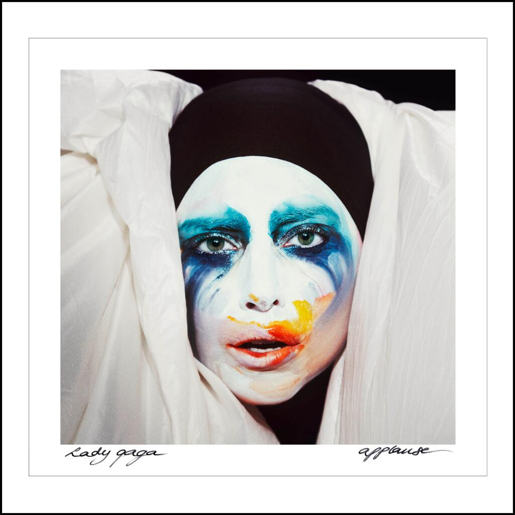 Fans Give Lada Gaga Applause As Single Streams on Rdio