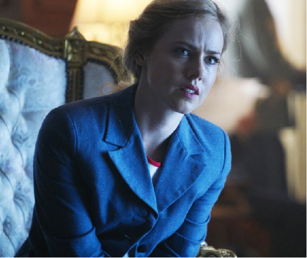 Interview Amanda Schull Talks 12 Monkeys (Exclusive) 2