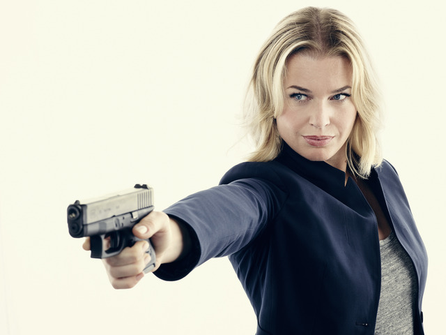 Interview: Rebecca Romijn Talks The Librarians