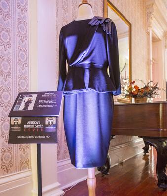 b693bf70f692e7 Jessica Lange Dress American Horror Story