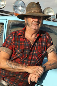 John Jarratt Wolf Creek 2 Main Interview: John Jarratt On Getting Real & Slicing Spines In Wolf Creek 2