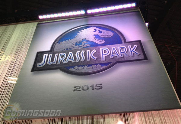 Jurassic Park 4 Licensing Expo Banner Movie News Cheat Sheet: RDJ Finally Locked for Avengers 2 & 3, Will Smith Out of Independence Day 2 And More
