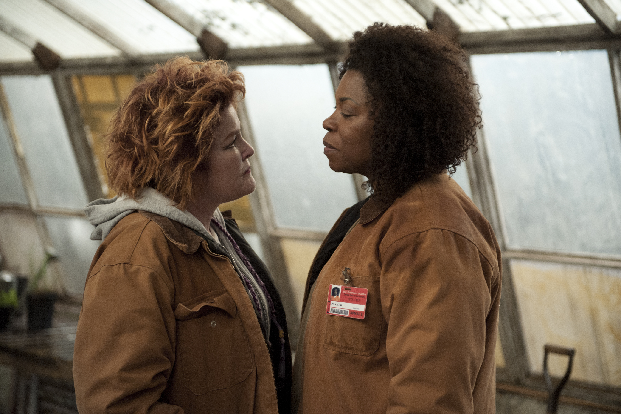 Kate Mulgrew and Lorraine Toussaint in Orange is the New Black See Unexpected Conflicts In New Images From Orange Is the New Black
