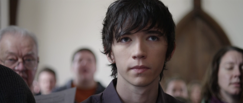 Liam Aiken in Girls Against Boys
