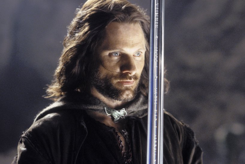 Lord Of The Rings Viggo Mortensen Aragorn Viggo Mortensen Isnt a Fan of the Second and Third Lord of the Rings Films