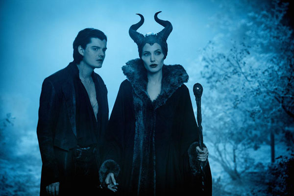 Maleficent Box Office Predictions: Maleficent to Conjure Thorns, Spells & Money