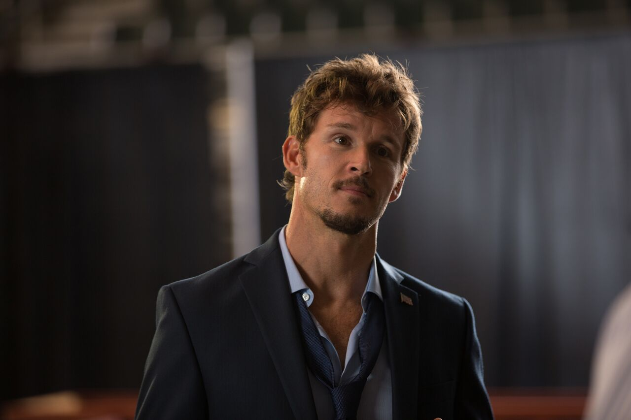 Ryan Kwanten in Supercon