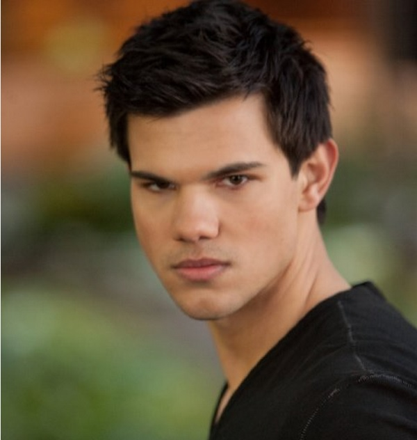 Taylor Lautner Twilight Breaking Dawn 2 Taylor Lautner to Star in BBC Sitcom Cuckoo