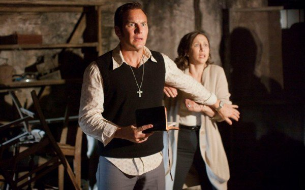 The Conjuring 2's Frightening New Main Trailer Brings the Warrens' Paranormal Investigating to England