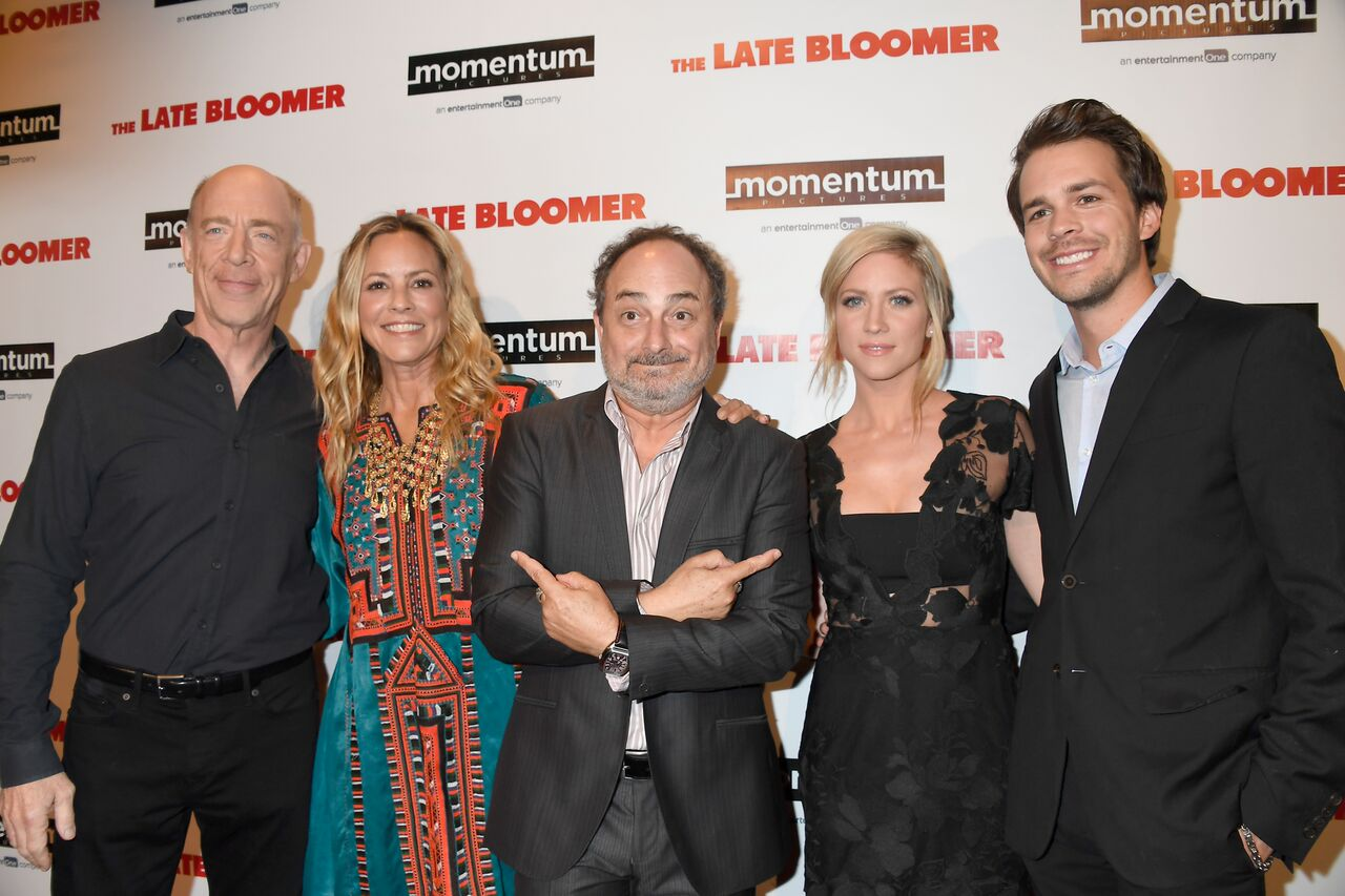 J.K. Simmons, Maria Bello, Kevin Pollak, Brittany Snow, Johnny Simmons