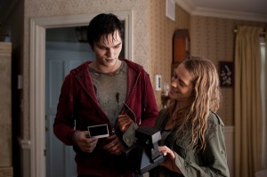 WB 035 DF 06116 300x199 WARM BODIES