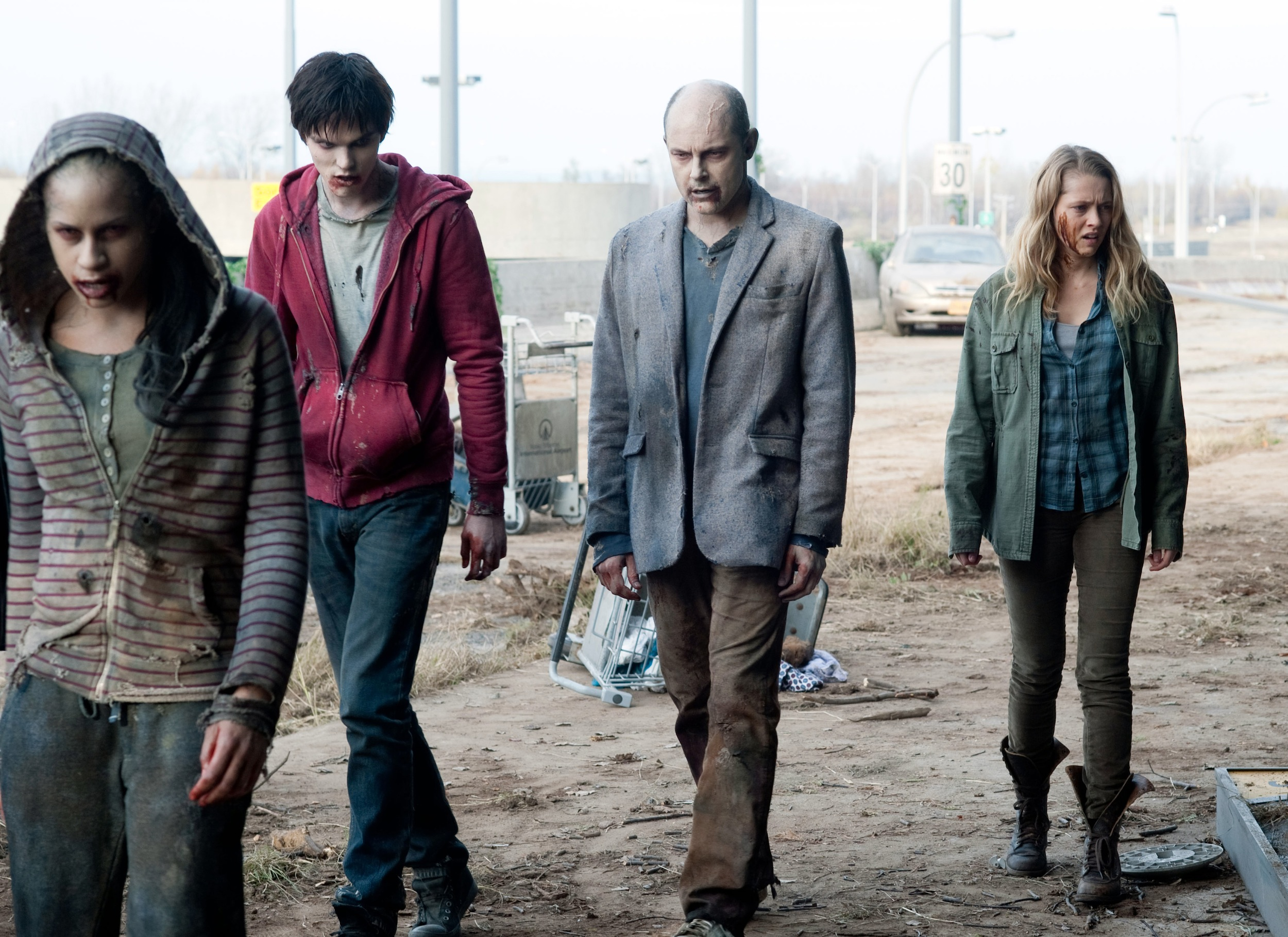 WB 085 DF 12385 Rob Corddry Discusses The Finer Points Of Zombie Acting In Warm Bodies Short