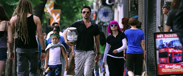 Zach Braff and Joey King in Wish I Was Here Zach Braff and Kate Hudson Wish I Was Here In New Teaser Trailer