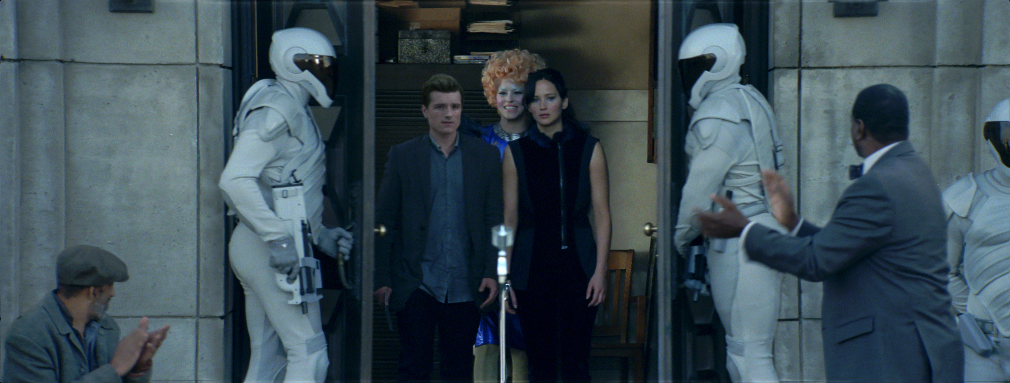 hgcf 01.000001 06951 Final Catching Fire Victors Banner Unveiled on The Hunger Games Explorer