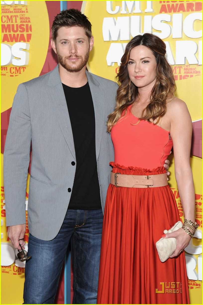 jensen ackles danneel harris Supernaturals Jensen Ackles & Wife Expecting