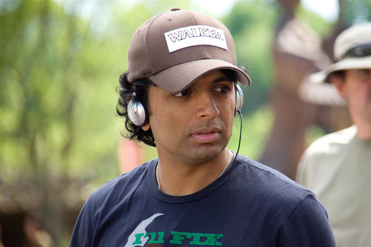 m night shyamalan directing Fox Enlists M. Night Shyamalan For 'Wayward Pines'