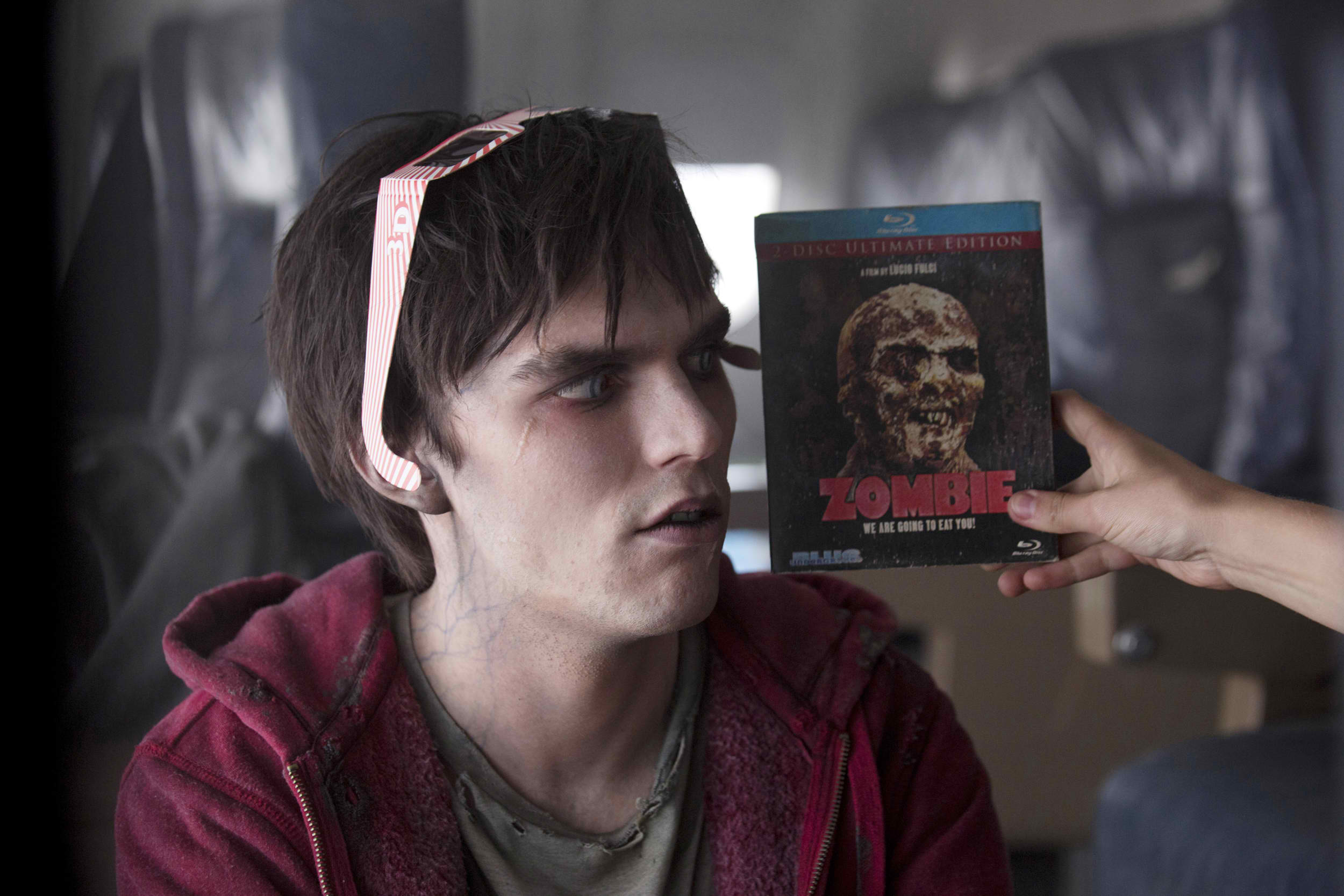 nicholas hoult warm bodies Warm Bodies Movie Review 2