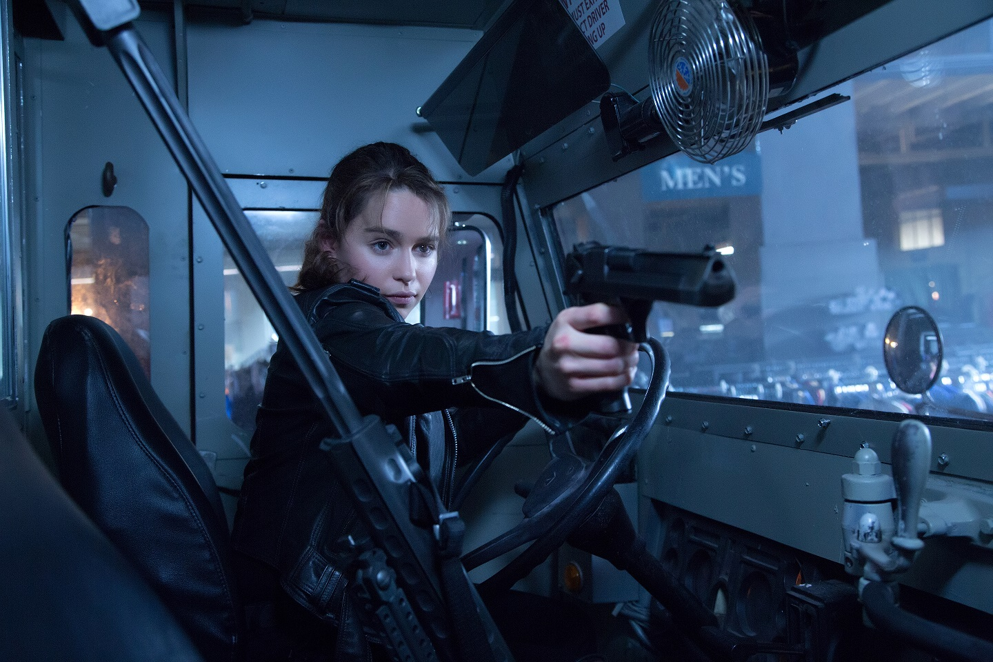 new trailer and movie stills from terminator genisys
